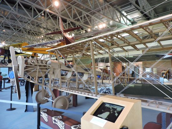 College Park, MD: Plywood Curtis Biplane Replica