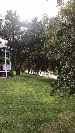 Salado, TX: Main house and creek