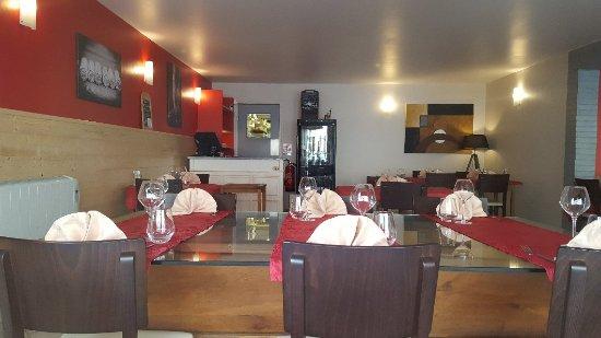 Nouvelle décoration pour les 5 ans ! - Picture of Restaurant le ...