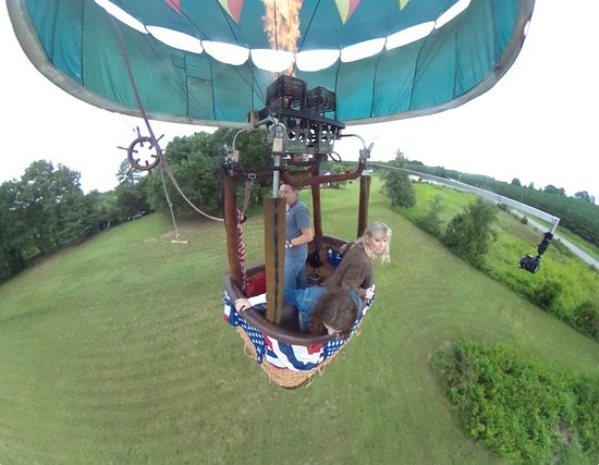 Bird's-Eye Balloon Rides