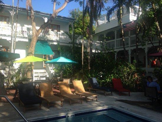 Key West Harbor Inn: Pool house rooms