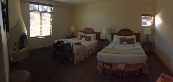 Old Santa Fe Inn: Our room