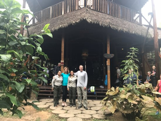 Refugio Amazonas: Our wonderful guides in the rainforest! We are standing in front of the entrance to the lodge.