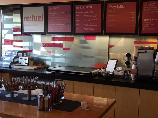 Aloft Bolingbrook: Lobby self serve snacks