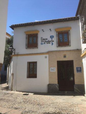 La Llave de la Jurderia: Boutique hotel on a quiet side street in a great location in Cordoba