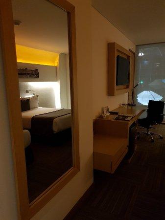 Sonesta Hotel Bogota: 20171031_214417_large.jpg