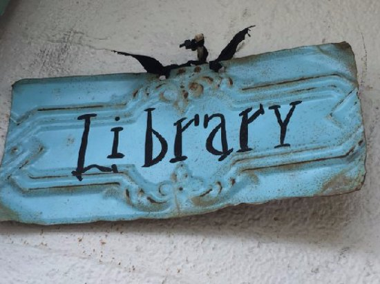Natchitoches, LA: Library room sign