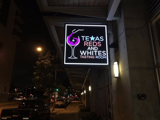 Texas Reds and Whites Tasting Room
