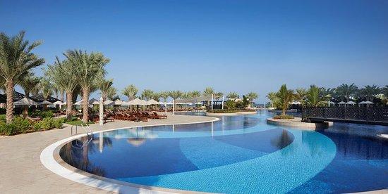 Swimming Pool Bild Fr N Waldorf Astoria Ras Al Khaimah Ras Al Khaimah Tripadvisor
