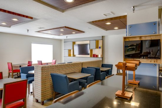 Bethany, OK: Guest Dining Lounge