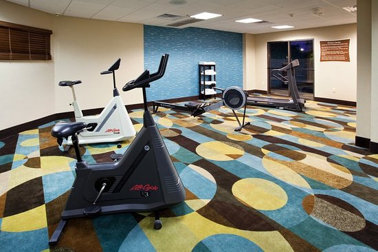 Holiday Inn Express Murfreesboro Central: On Site Fitness Center Holiday Inn Express Murfreesboro