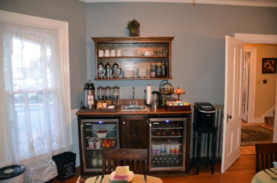 The Chadwick Bed & Breakfast: Dinning room