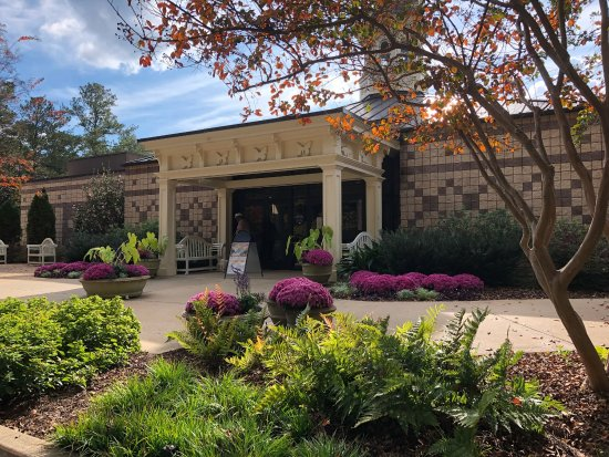 Picture of callaway gardens pine mountain tripadvisor for Places to stay near callaway gardens