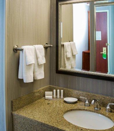 Tigard, Oregón: Guest Bathroom