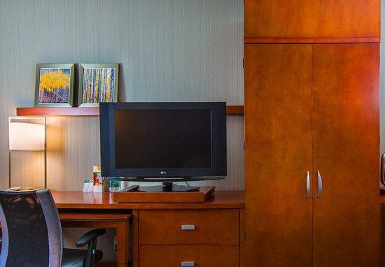 Tigard, Oregón: Guest Room – Work Desk
