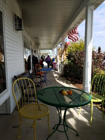 Door County Coffee and Tea Co. : 20171014_114110_large.jpg