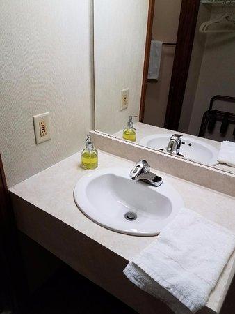 G.G.T. Tibet Inn : Bathroom sink. Soap in a hand pump.