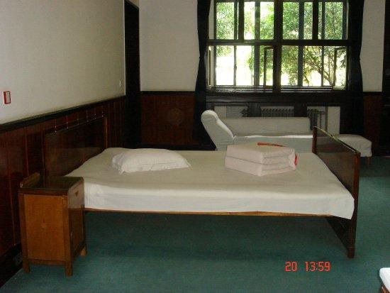 Shaoshan Dishui Cavern: Room