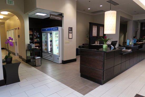 Hilton Garden Inn Cupertino: Lobby