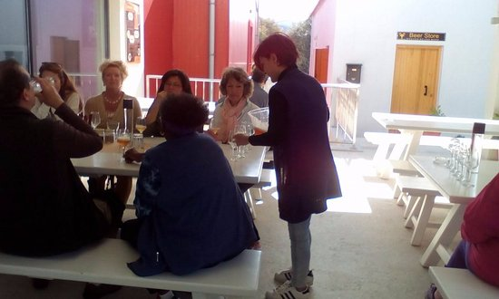 Platanias, Grecia: Ready for some Pale Ale? (Silhouette_Celebrity Cruises, autumn 2017)