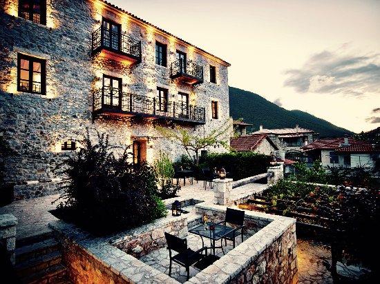 Levidi, Yunani: LUXURY STONE BUILT HOTEL