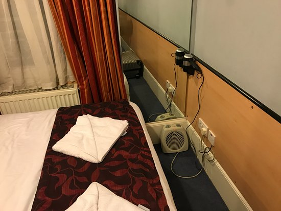 Tudor Court Hotel: Heaters not working and provided portable heater also not working