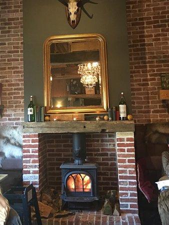 Wisborough Green, UK: Fabulous Sunday Roast - Great Country Pub!