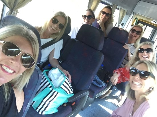 Taste The South Wine Tours: Bunbury Girls day out