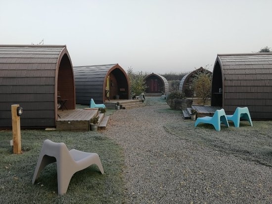 The Little Hide - Grown Up Glamping: IMG_20171106_075945_large.jpg