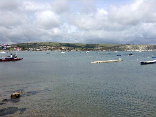 Milton Abbas, UK: Picturesque Swanage harbour