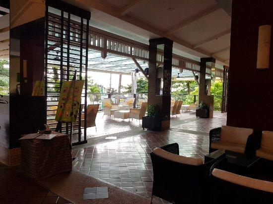 All Seasons Naiharn Phuket : 20171022_163146_large.jpg