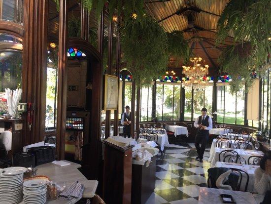 Picture of cafe el espejo restaurante madrid for Cafe el jardin madrid