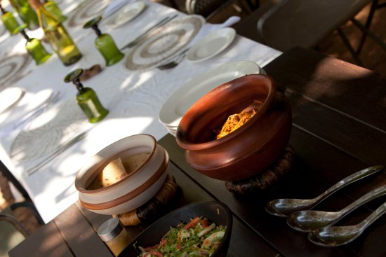 Wayo Africa: Diner at the Green Camp
