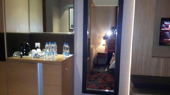 Holiday Inn New Delhi Mayur Vihar Noida: 20171105_213407_large.jpg
