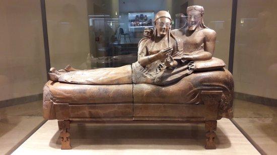 Il sarcofago degli sposi picture of museo nazionale for Degli sposi