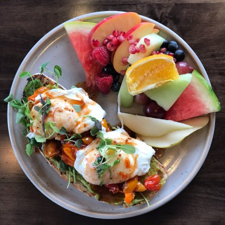 Uxbridge, Canada: SMASHED AVOCADO TARTINE - Breakfast Menu