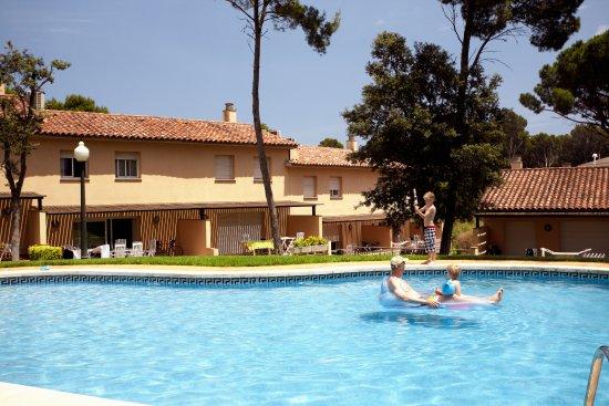 """Aparthotel Golf Beach : Piscina """"Village Golf Beach"""""""