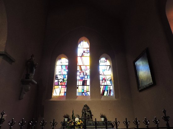 Eglise Saint-Nicolas : Iglesia de San Nicolás, La Roche-en-Ardenne, Bélgica.