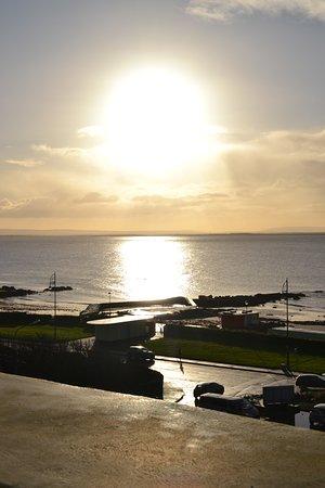 Salthill Hotel: Sunrise.