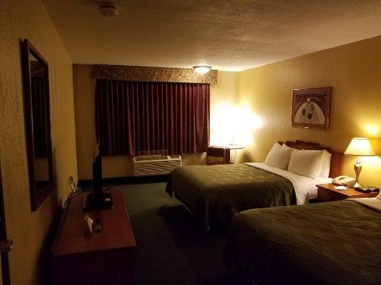 Quality Inn Winslow: 20171008_183311_large.jpg