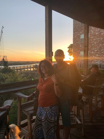Darien, Geórgia: beautiful sundown - thanks to the waiter:-))