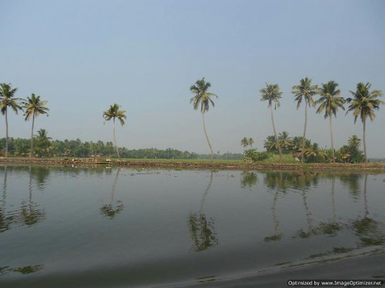 Pampa (Pamba) River: DSCN1407_large.jpg