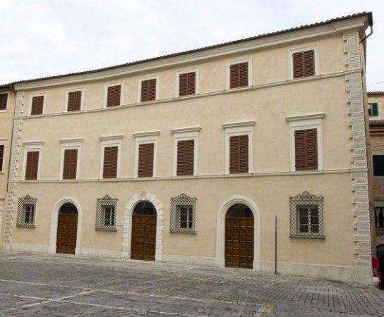 Palazzo Bisaccioni