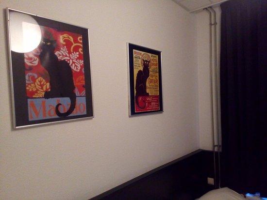 Hotel La Boheme: Camera, particolare parete