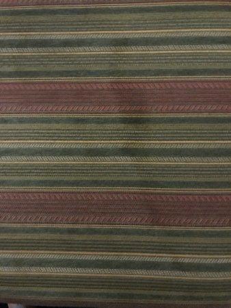 Hampton Inn St. Augustine - I-95: Stains on furniture