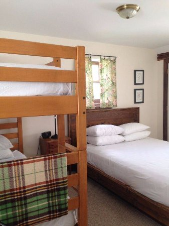 Lyndonville, VT: Family Suite bedroom