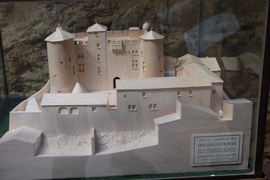 Labastide-de-Virac, Francia: Maquette du ch^teau