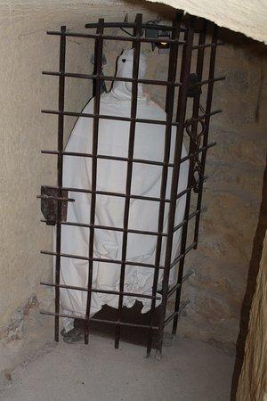 Labastide-de-Virac, Francia: Le fantôme des oubliettes