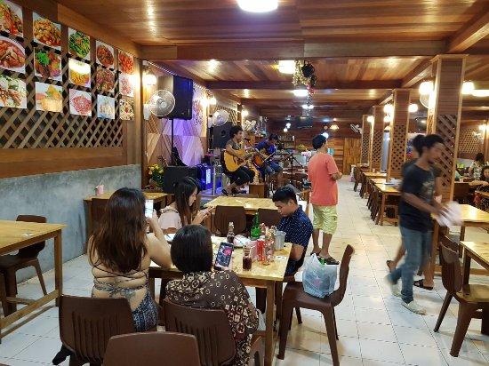 Bung Roon Halal Food Ko Lipe Restaurant Reviews Photos Phone Number Tripadvisor