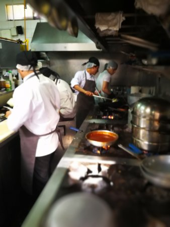 busy kitchen. La Mar - Busy Kitchen S